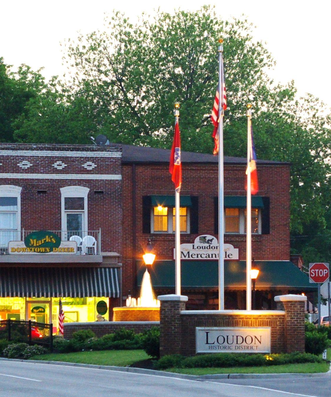 Loudon main street